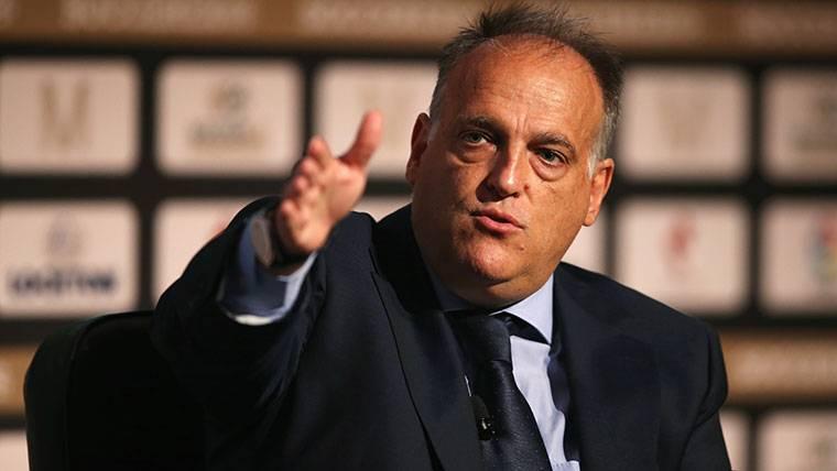 El presidente de LaLiga también critica las palabras de Piqué