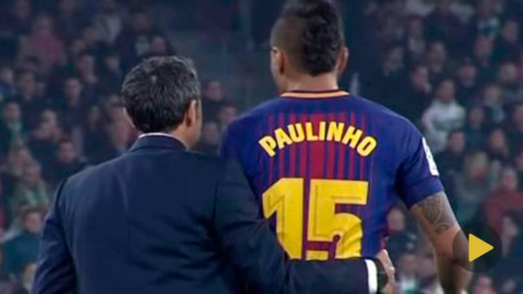 Paulinho y Valverde se partieron de risa tras el gol de Suárez