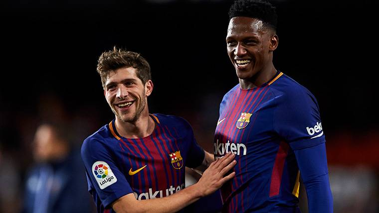 Official Debut Of Yerry Mina With The T Shirt Of The Fc Barcelona