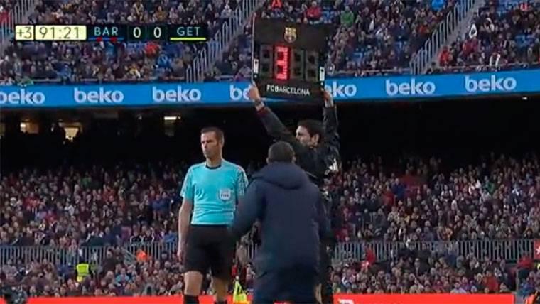 El enfado de Valverde tras ver solo tres minutos de descuento