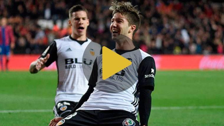 El Valencia derrota al Levante y vuelve poner cuarto al Madrid