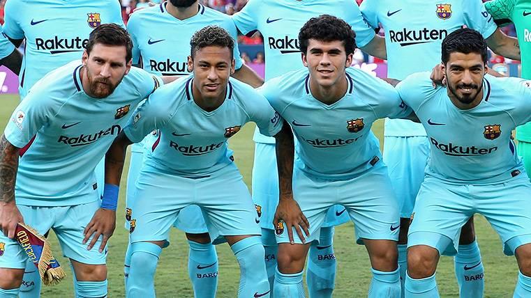 A Carles Aleñá le está tocando sufrir el 'efecto Messi' en el filial