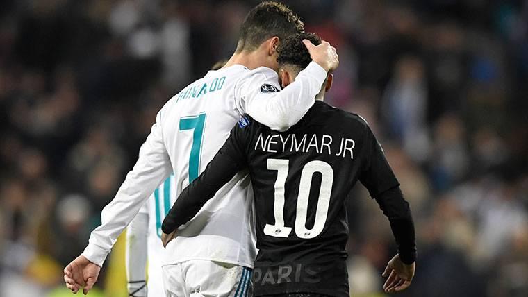 El abrazo entre Cristiano y Neymar que se ha hecho viral