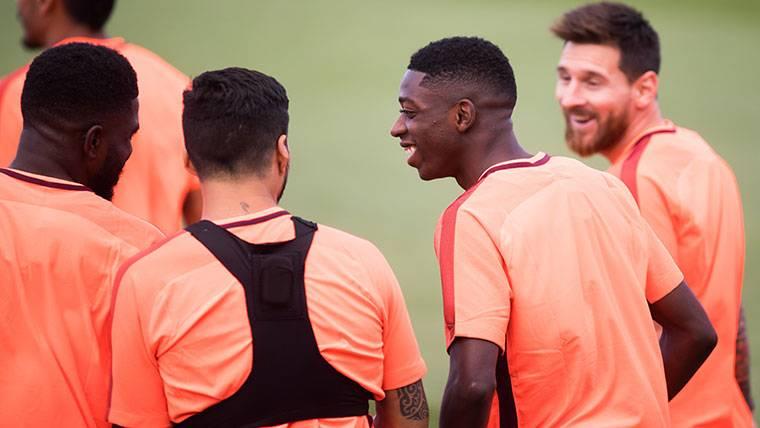 Protagonismo para Vermaelen y Dembélé en el entreno del Barça