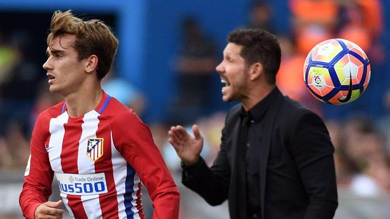 Simeone no quiere que Griezmann fiche por el Barcelona