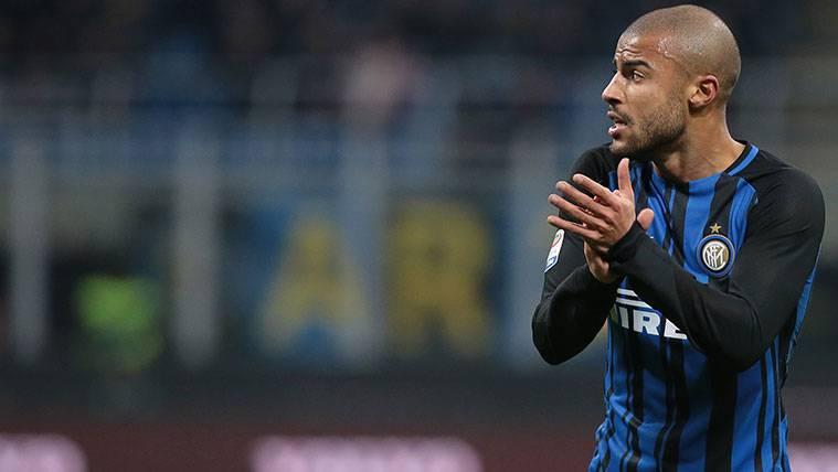 El Inter ya piensa en vender para poder comprar a Rafinha