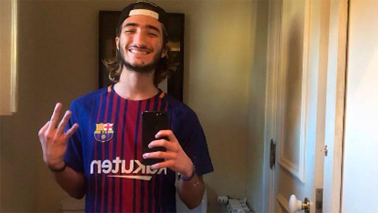El hijo de José Mourinho, radiante tras el Chelsea-Barça