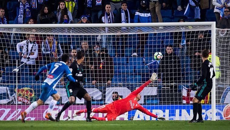 Gerard Moreno congela al Real Madrid en Cornellá (1-0)