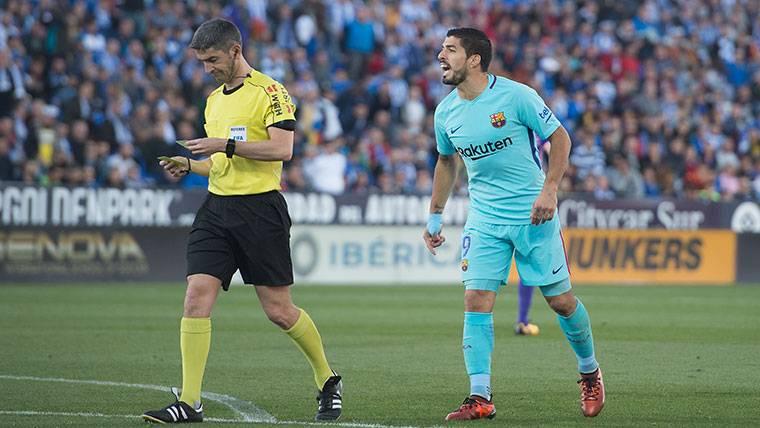 La Liga de la vergüenza arbitral: ocho puntos 'robados' al Barça