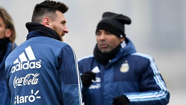 La versión de Jorge Sampaoli sobre la lesión de Leo Messi
