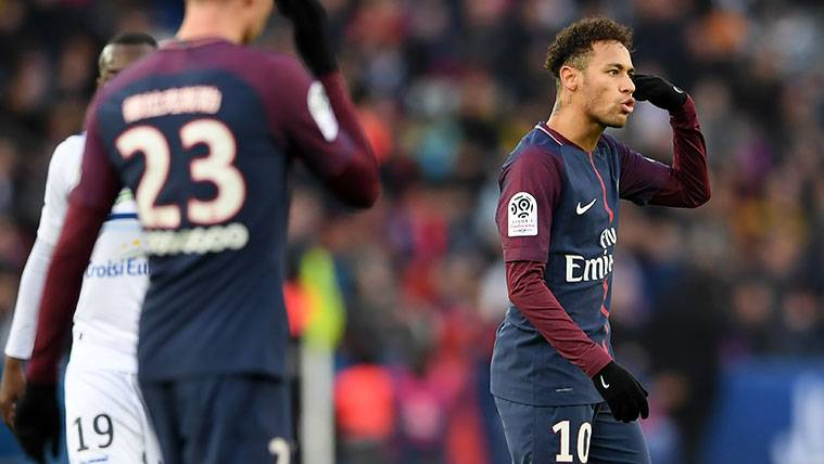 ¡La prensa destapa uno de los contratos millonarios de Neymar!