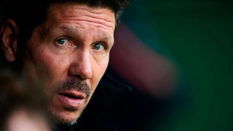 Simeone quiere arrebatarle al Barça el posible fichaje de Max Meyer