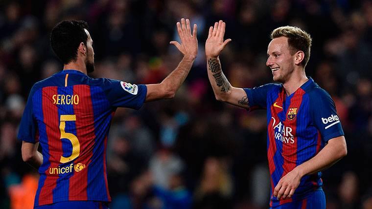 Sergio Busquets-Ivan Rakitic: el doble pivote de moda en el Barça