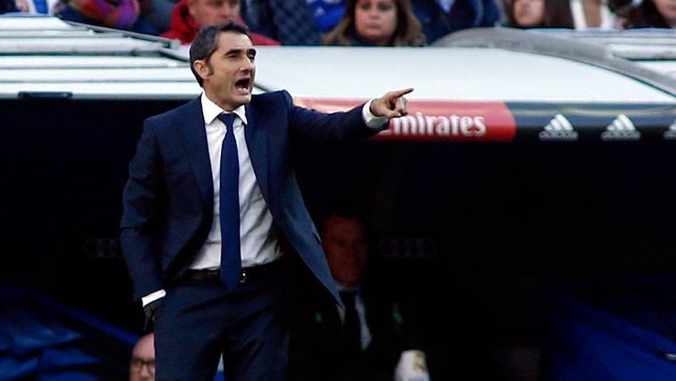 """Valverde: """"Dembélé necesita tiempo, lo bueno es que siempre lo intenta"""""""