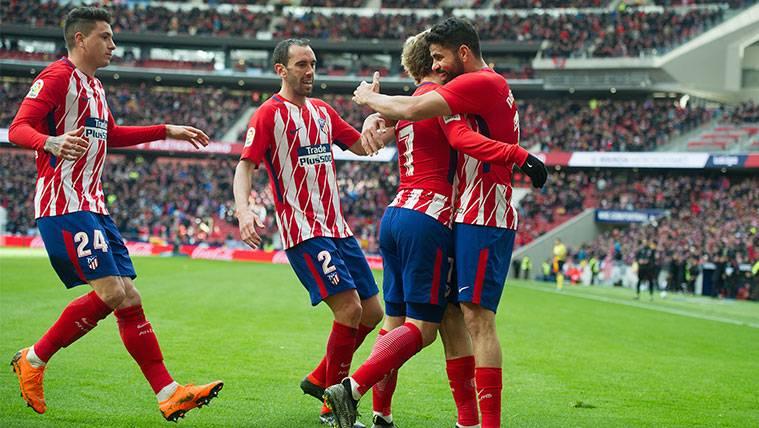 Los jugadores del Atlético de Madrid celebran uno de los goles al Celta