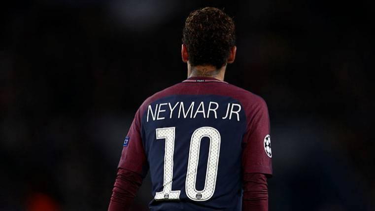 Neymar podría abandonar el PSG