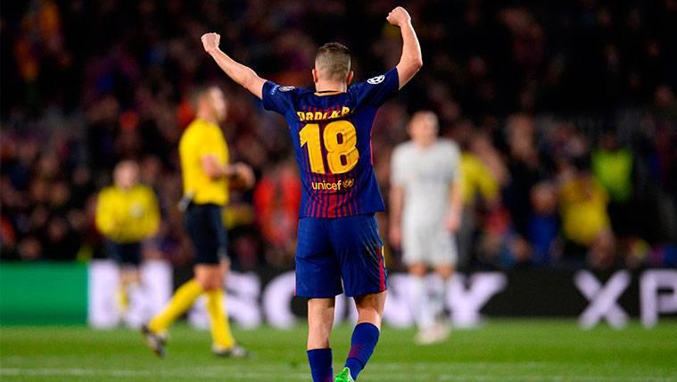 Jordi Alba aguantó con molestias y también podría ser baja