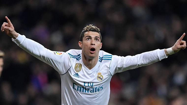 Cristiano Ronaldo se da un festín ante el Girona en un partido loco