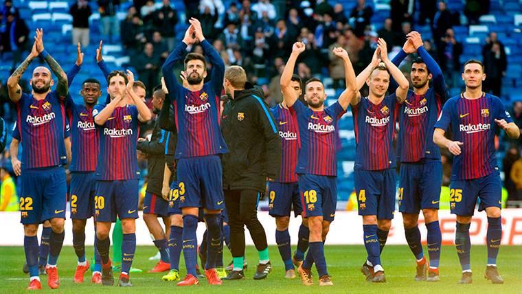 El pasillo del Real Madrid al Barcelona, cada vez más posible