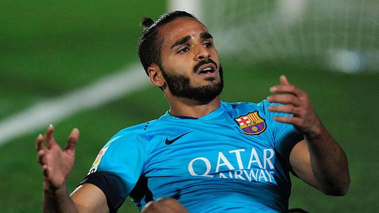 El Barça debe resolver el problema con Douglas antes de verano