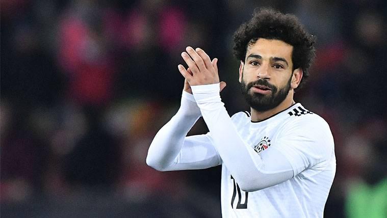 Mohamed Salah marca pero Cristiano Ronaldo remonta en el añadido