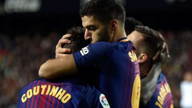 Coutinho y Luis Suárez refuerzan su seguridad en Barcelona