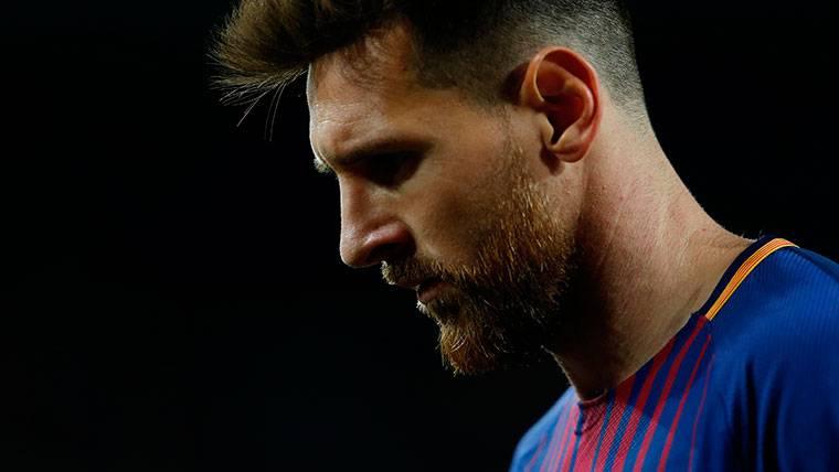 Leo Messi, entre la espada y la pared con el Barça y Argentina