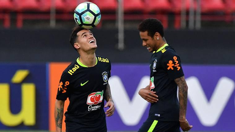 La sorprendente comparación de Alves entre Coutinho y Neymar