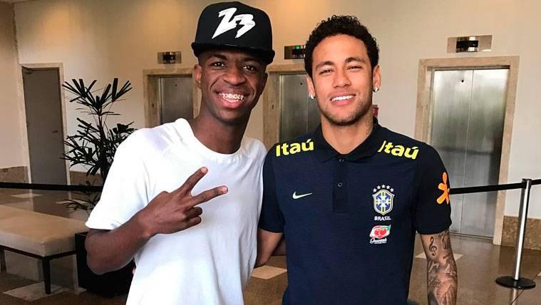 En Madrid ya presumen de Vinicius por si no pueden fichar a Neymar