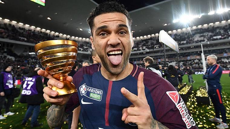 Dani Alves, el futbolista con más títulos de toda la historia