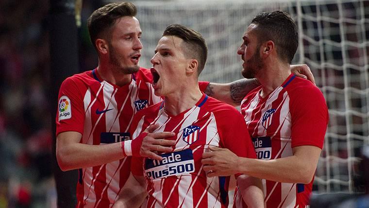 El Atlético gana ante el Deportivo con la ley del mínimo esfuerzo (1-0)