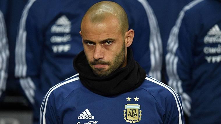 Jorge Sampaoli podría dejar a Javier Mascherano sin Mundial