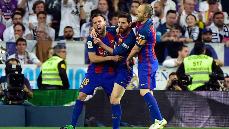 Jordi Alba y Andrés Iniesta amplían la conexión de la banda izquierda