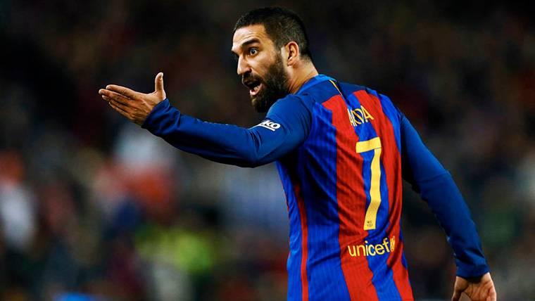 El Barça descartó a Gündogan para fichar a Arda Turan en 2015