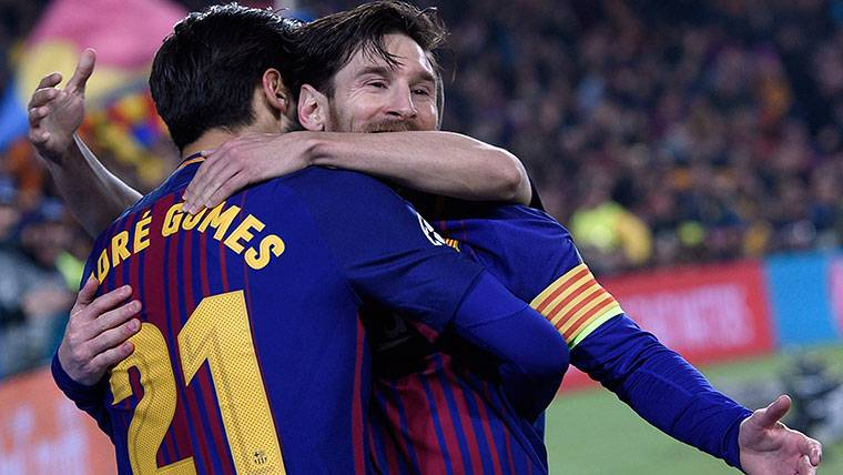 Definición sutil de Leo Messi para duplicar la ventaja del Barça