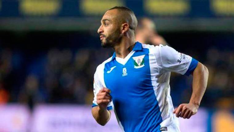 El Zhar hizo saltar las alarmas con un gol inesperado al Barça