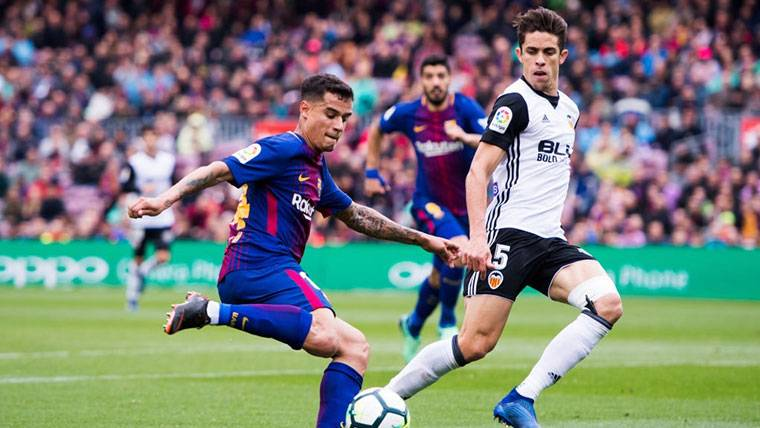 Philippe Coutinho, durante el partido contra el Valencia en Liga
