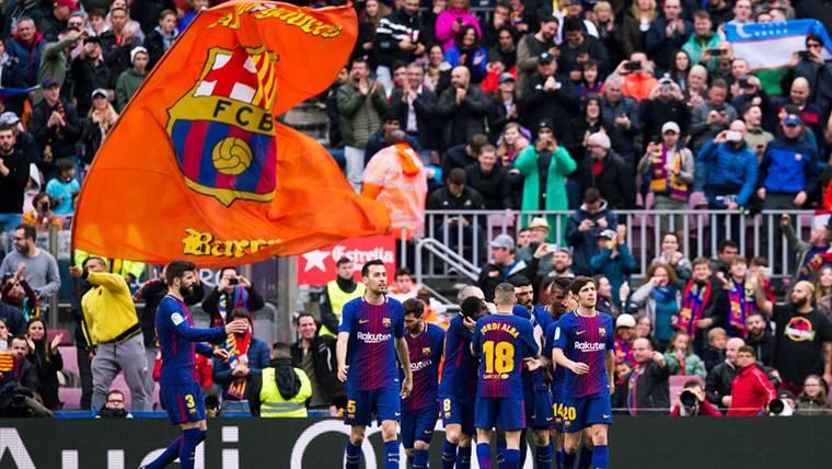El FC Barcelona, celebrando uno de los goles contra el Valencia