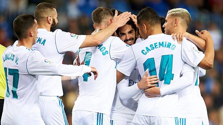 Isco pone la emoción en una victoria plácida del Madrid en Málaga