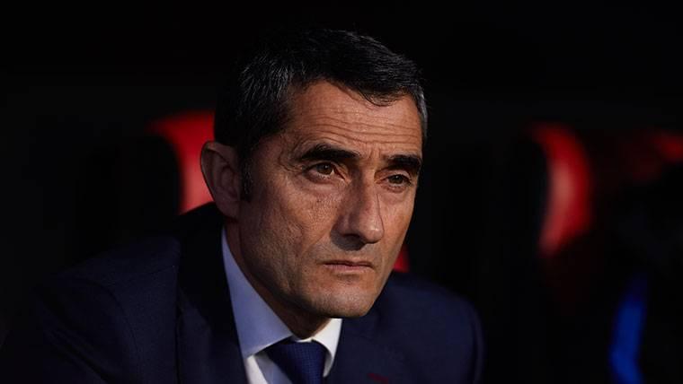 La bronca de Valverde a sus jugadores en el descanso de Roma