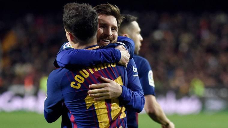 EQUIPO: Messi cedió a Coutinho el penalti de la 'manita' al Sevilla