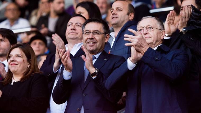 """El Barcelona aún no despide a Iniesta: """"Sé que tiene ofertas"""""""