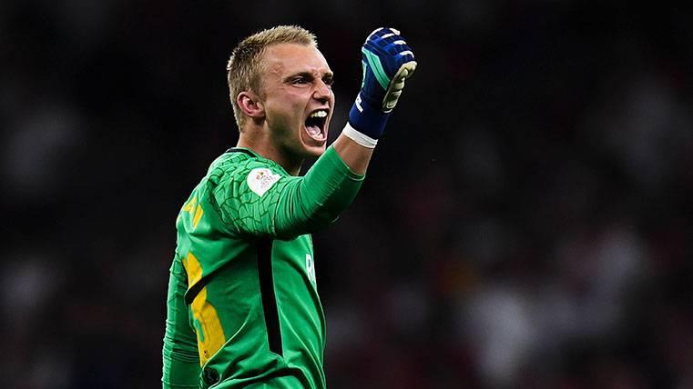 Jasper Cillessen no escuchará ofertas: Quiere quedarse en el Barça
