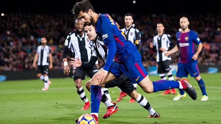 Todo apunta a que André Gomes será el primero en dejar el Barça