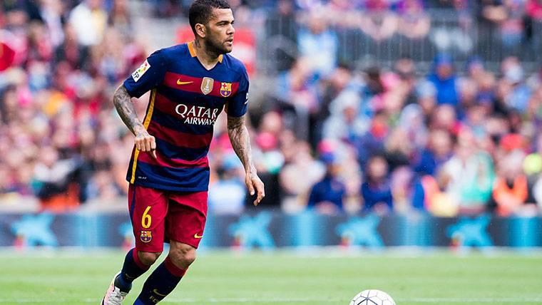 Alves aclara su mensaje al Barça y 'trolea' a la prensa de Madrid