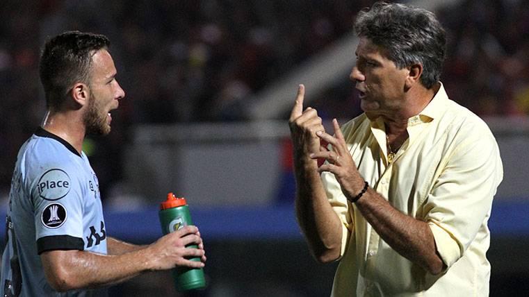 El Barça no dejará colgado a Arthur y sólo debe decidir cuándo llegará