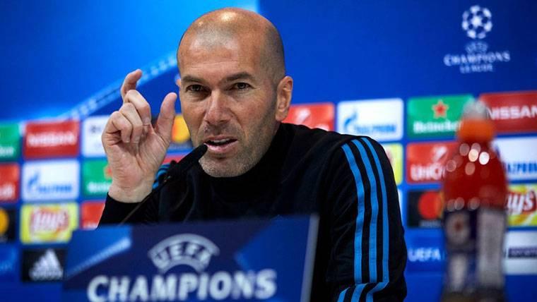 """Zidane felicita al Barça por LaLiga: """"Nosotros aún no hemos ganado nada"""""""