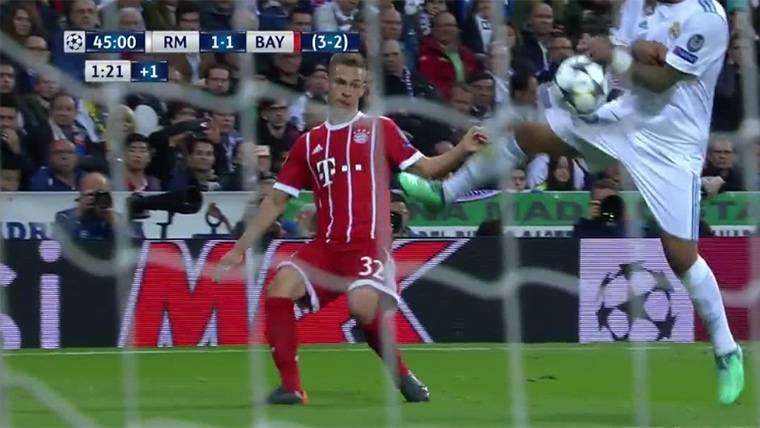 ESCÁNDALO: ¡Mano de Marcelo y otro penalti 'birlado' al Bayern!