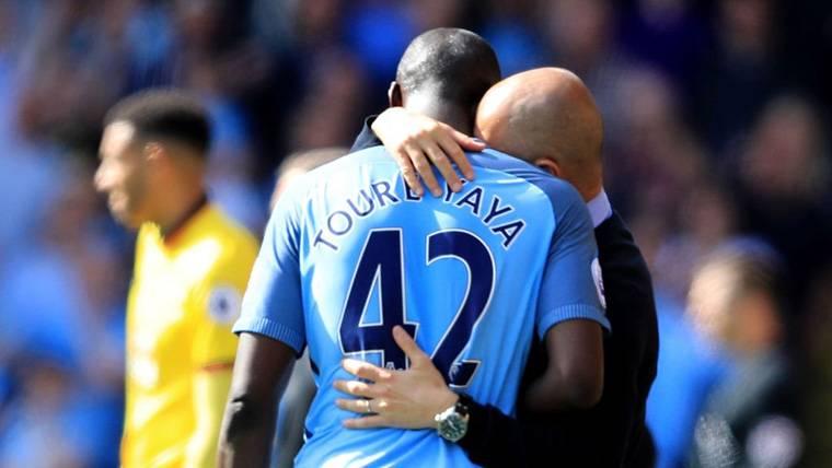 Guardiola lo revela: Touré Yaya no seguirá en el Manchester City