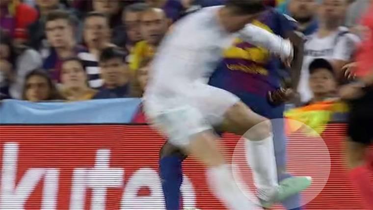 VERGÜENZA: Roja perdonada a Gareth Bale por agresión a Umtiti